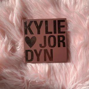 Kylie x Jordyn highlighter quad palette